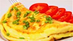 Yumurtanın sarısını mutlaka bu şekilde pişirin! İşte yumurta pişirmenin en sağlıklı 5 yolu