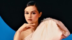 Revelacion Standart – Selena Gomez