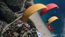 İstanbul'da yamaç paraşütü keyfi