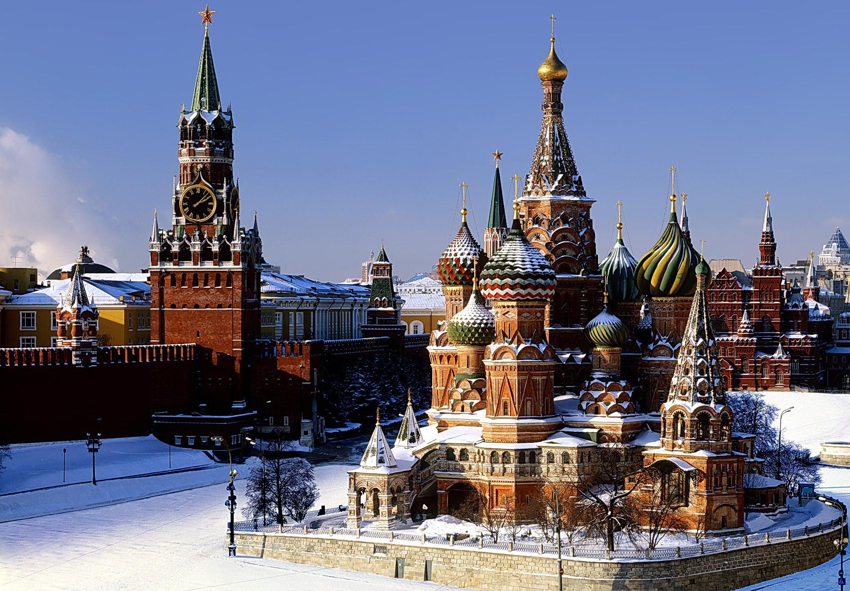 Işte moskova denilince akla ilk gelen yapılar ve meydanlar…